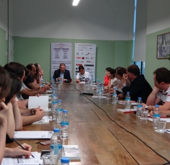 Presentation of the Competition of Law articles